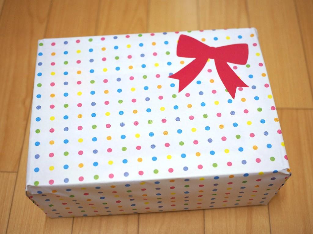 プレゼント用にラッピングされた商品
