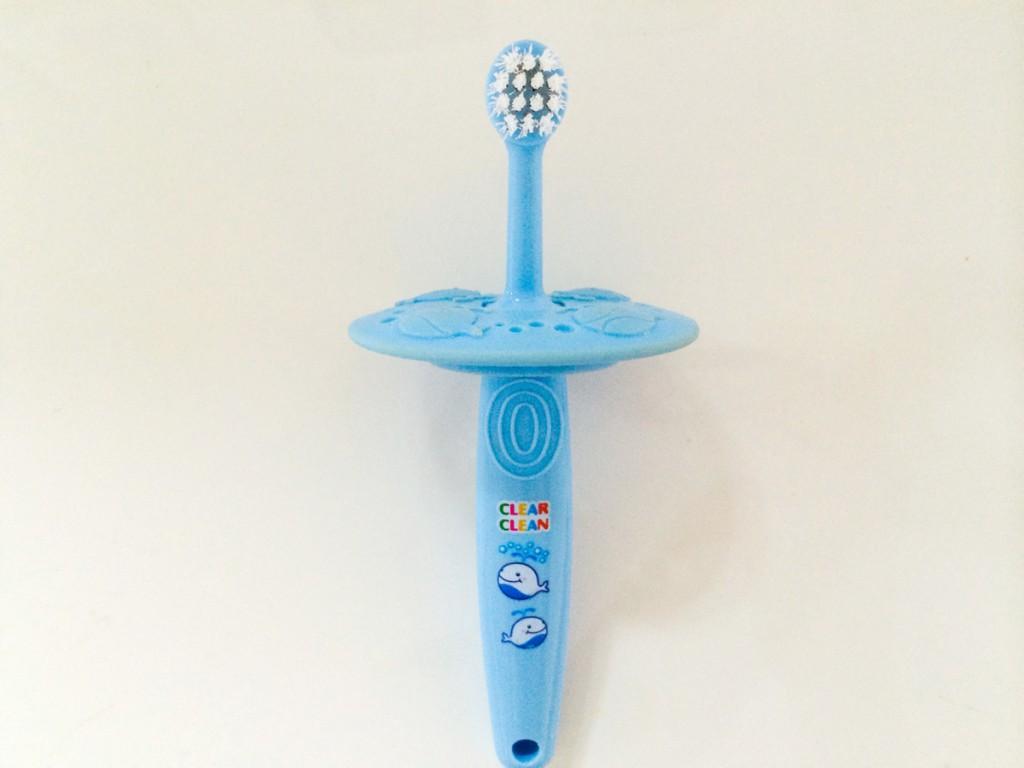 市でもらった赤ちゃん用歯ブラシ