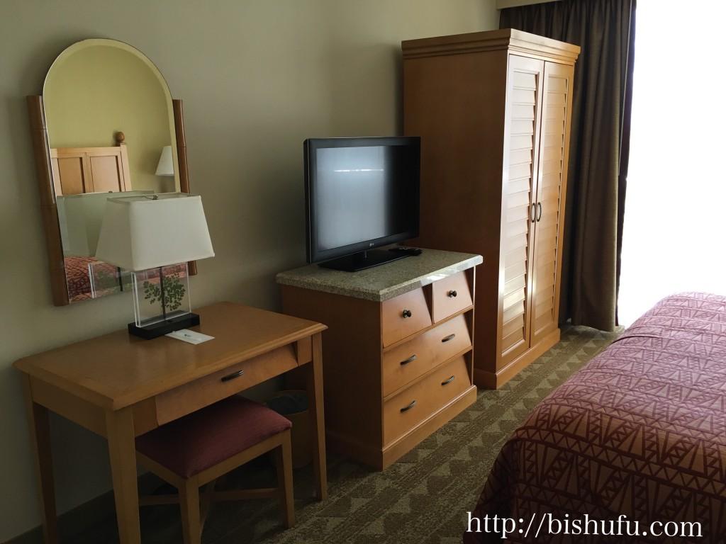 エンバシースイーツホテル ベッドルーム