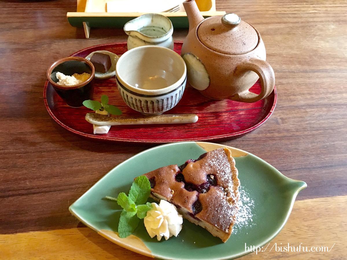 有福cafeのブルーベリータルト