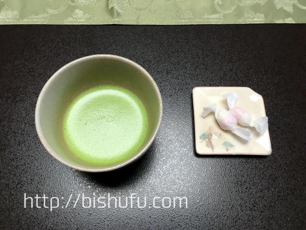 抹茶と和三盆の干菓子
